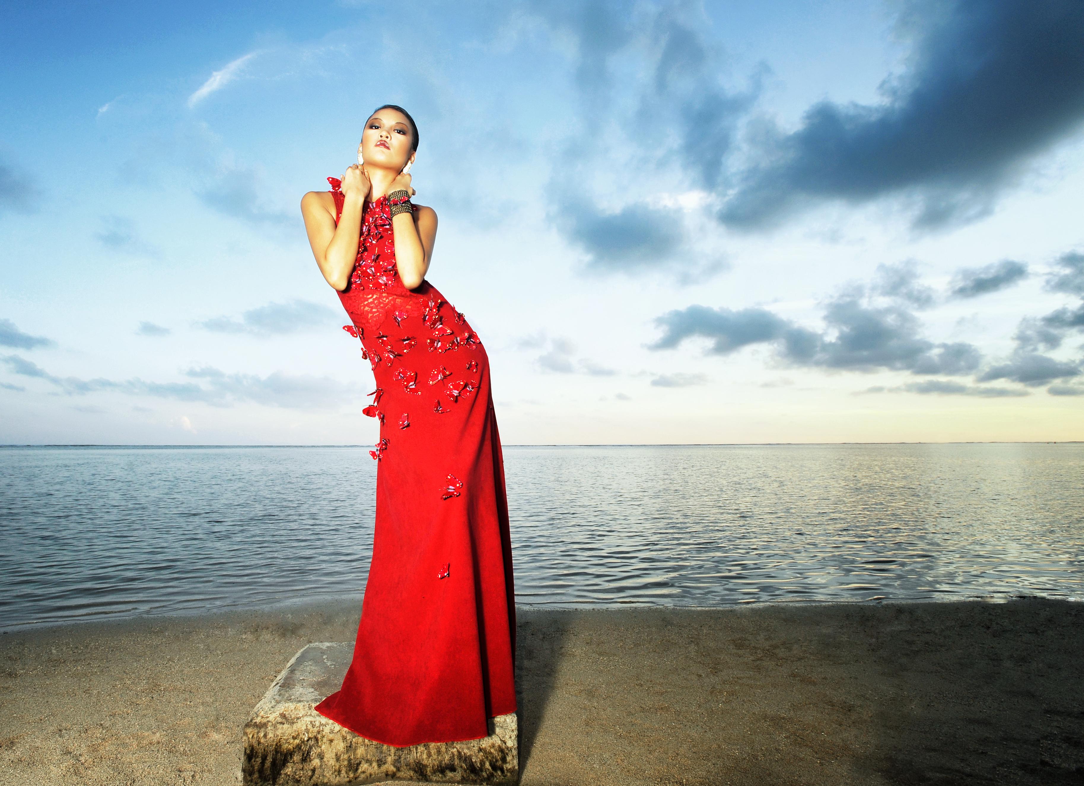HFM_Slide Show Image_Red Dress_FINAL 3